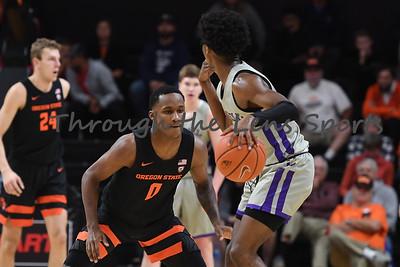 Oregon state mens basketball vs  Carroll College 102319 Leon N572