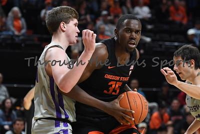 Oregon state mens basketball vs  Carroll College 102319 Leon N569