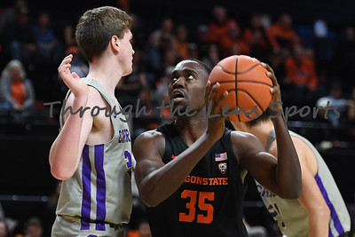Oregon state mens basketball vs  Carroll College 102319 Leon N570