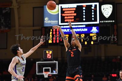 Oregon state mens basketball vs  Carroll College 102319 Leon N567