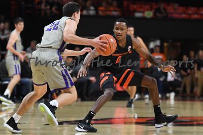 Oregon state mens basketball vs  Carroll College 102319 Leon N579