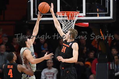 Oregon state mens basketball vs  Carroll College 102319 Leon N539
