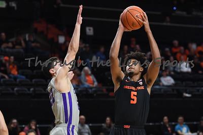 Oregon state mens basketball vs  Carroll College 102319 Leon N525