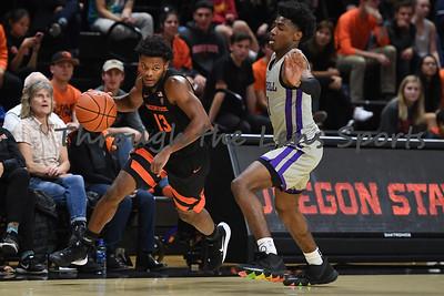 Oregon state mens basketball vs  Carroll College 102319 Leon N556