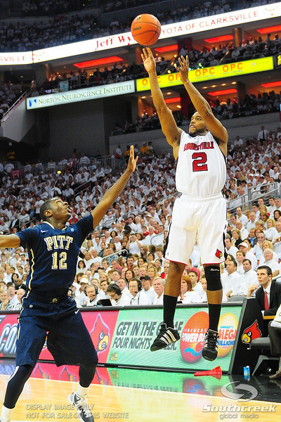 .(16) Louisville Cardinals (4) defeated Pittsburgh Panthers 62-59 at the KFC Yum Center in Louisville, Kentucky.