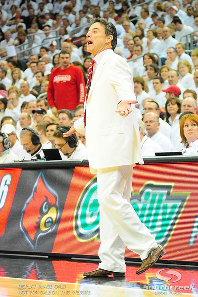 (16) Louisville Cardinals defeated (4) Pittsburgh Panthers 62-59 at the KFC Yum Center in Louisville, Kentucky.