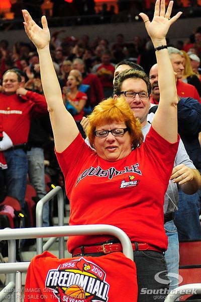 Louisville Cardinals during the game.  (16) Louisville Cardinals defeated  the (12) Syracuse Orangemen 73-69 at the KFC Yum Center in Louisville, Kentucky.