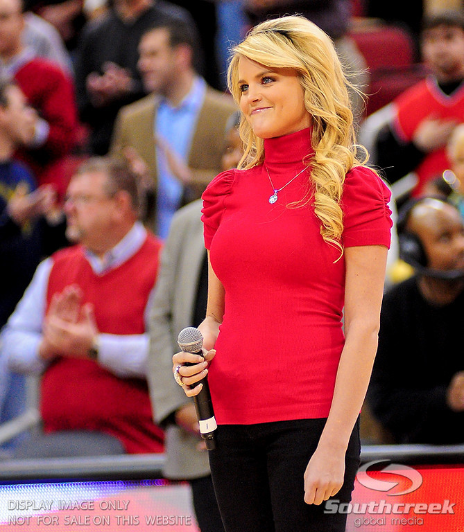 Country singing star sang the National Anthem before the game at the KFC Yum Center in Louisville, Kentucky.