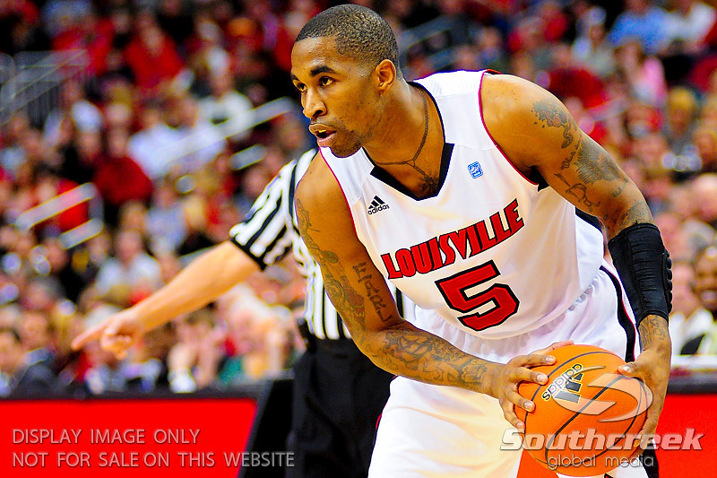 Louisville Cardinals guard Chris Smith (5) at the KFC Yum Center in Louisville, Kentucky.