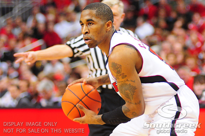 Louisville Cardinals guard Chris Smith (5) during the first half at the KFC Yum Center in Louisville, Kentucky.