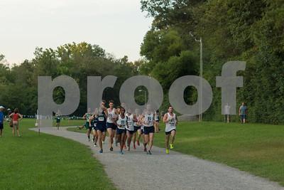 Men's pack led by Daniel Mushrush