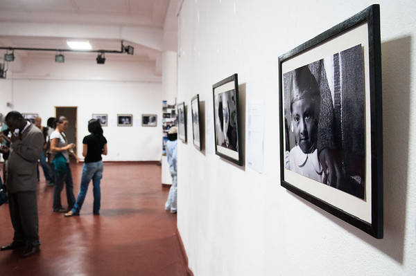 """2009-19 Beira - Vernissage of my Exposition """"Caras duma viagem""""."""