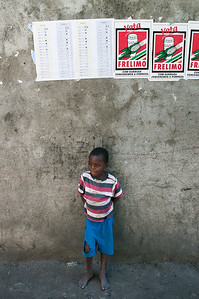 2009-45 Beira - Election Day in Mozambique.