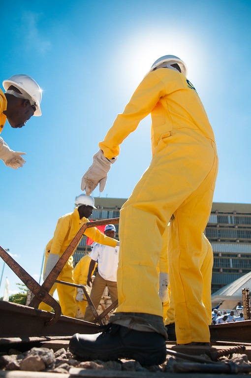 2009-18 Beira - 1 May festival. Workers of the CFFB-Railwaycompany.
