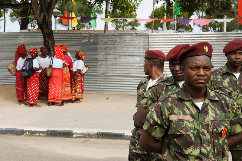 2010-26 Beira - 25. June. Festival of 35 years of Mozambiquean Independency at the Praca de Independencia.