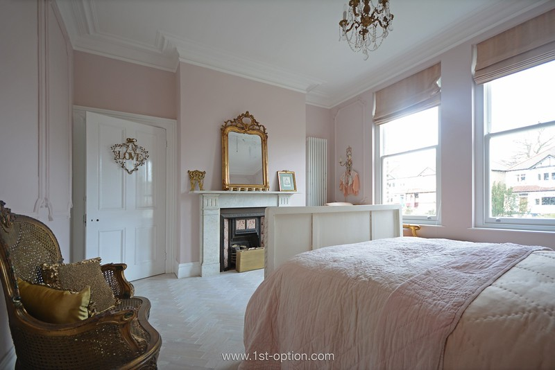High View • London SE25 • from £1.150