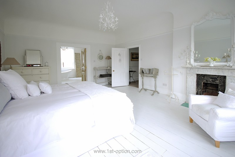 Hopton • London SW16 • from £1.150
