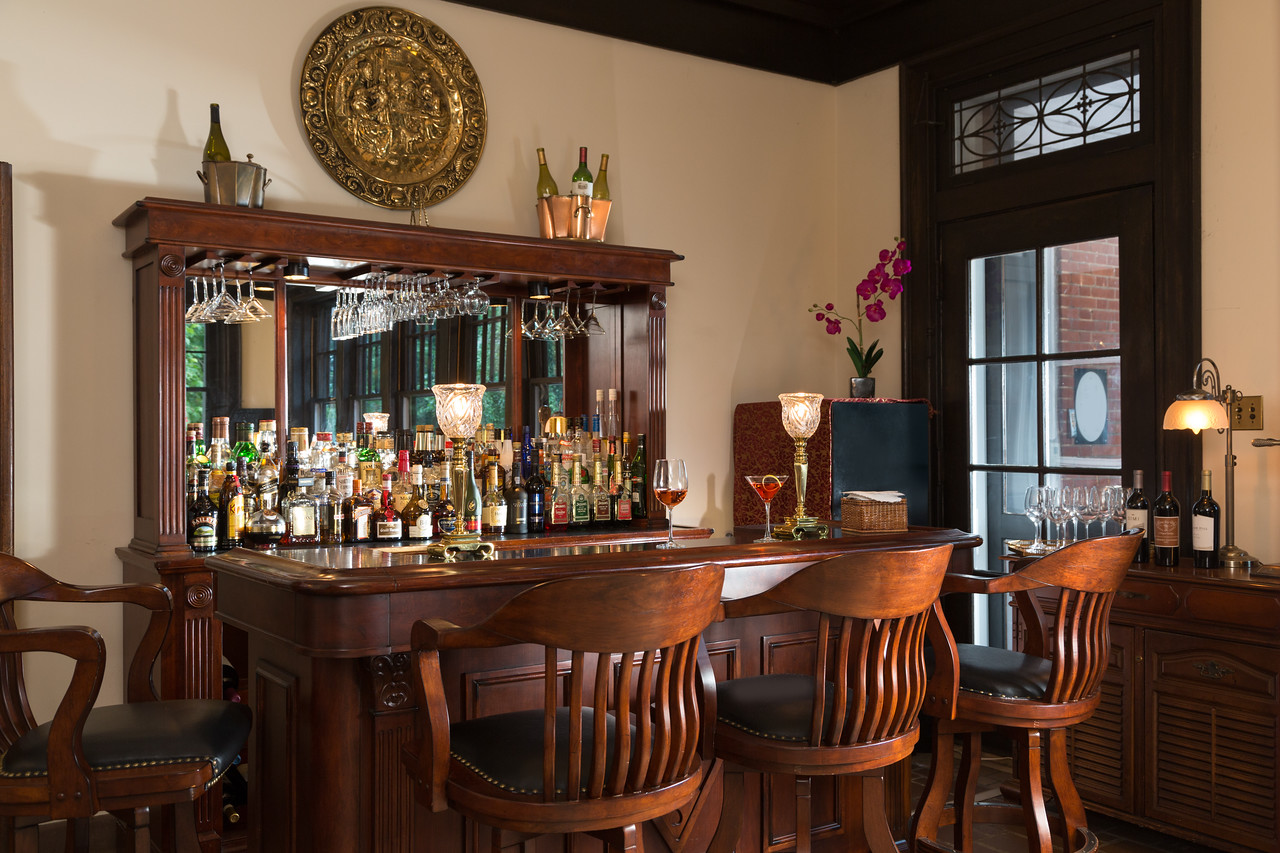 Mercersburg Common Bar 1 X2 Before and After: Small Changes = Big Impact At Mercersburg Inn