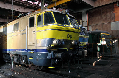 1608 at Schaarbeek Depot on 12th November 2011