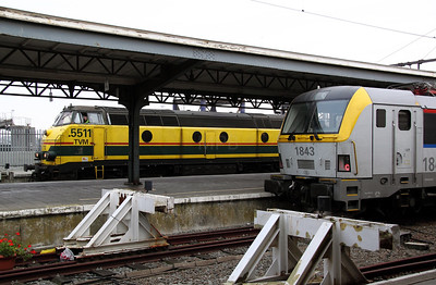 5511 & 1843 at Oostende on 12th November 2011