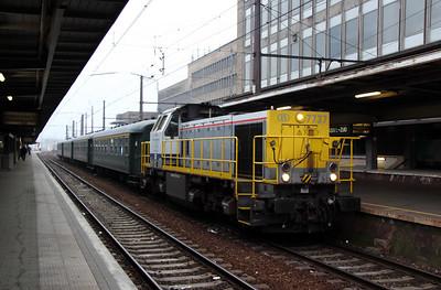2) 7737 at Brussel Midi on 13th November 2011