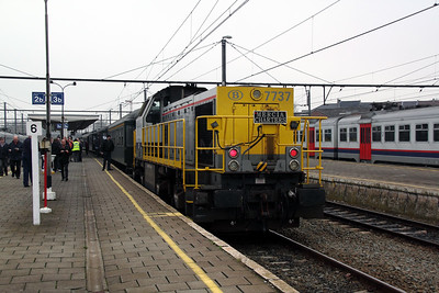 7737 at Geraardsbergen on 13th November 2011