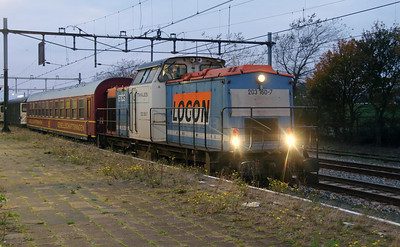 2) Locon, 203 160 (92 80 1203 160-7 D-LBL) at Hoek Van Holland Haven on 24th Ocotber 2015 working Mercia Charters railtour