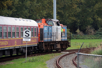 1) Locon, 203 160 (92 80 1203 160-7 D-LBL) at Botlek Theemsweg on 24th Ocotber 2015 working Mercia Charters railtour