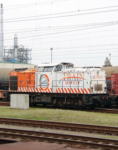 Train Services, TS-103 (92 80 1203 140-9 D-ITL) at Botlek Yard on 24th October 2015