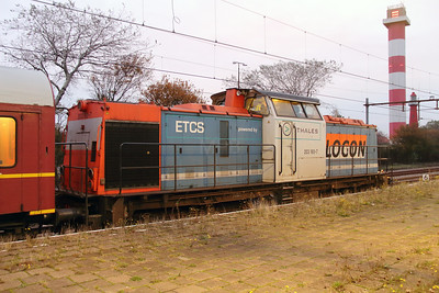 1) Locon, 203 160 (92 80 1203 160-7 D-LBL) at Hoek Van Holland Haven on 24th Ocotber 2015 working Mercia Charters railtour