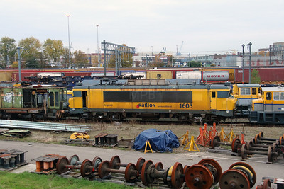 1603 at Waalhaven Yard on 24th October 2015