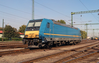 480 020 (91 55 0480 020-1 H-MAVTR) at Dunaujvaros on 5th October 2013
