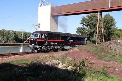5) Floyd, 659 002 (92 55 0659 002-3 H-FLOYD ex UK 56115) at Dunaujvaros Kikoto on 5th October 2013