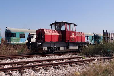 2760 001 (92 00 2760 001-3 ex MDD 3-01) at Fushe Kosove Depot on 19th September 2015 (3)