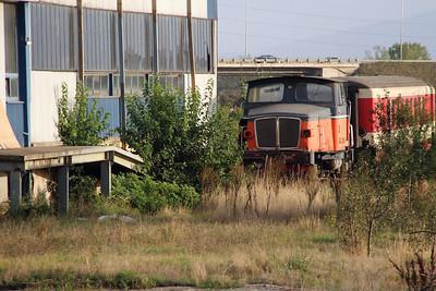 DAL 3180C (ex SJ 548) at Fushe Kosove Depot on 18th September 2015 (1)