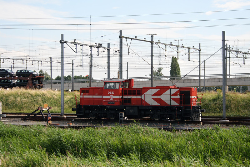 HGK, DE83 at Kijfhoek Yard on 22nd June 2008
