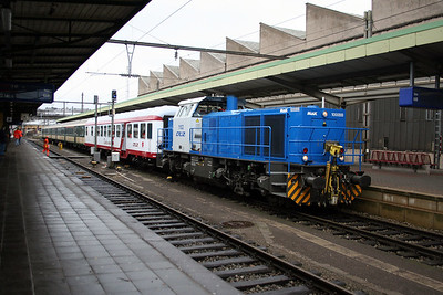1102 at Luxembourg on 25th March 2006 (1)