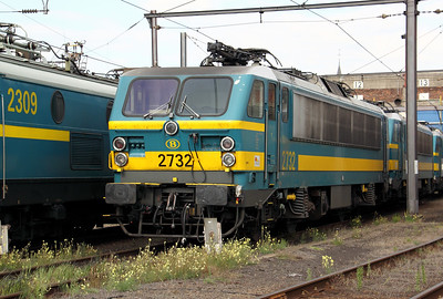 2732 at Kinkempois Depot on 5th September 2009