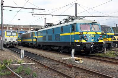 2) 2309 at Kinkempois Depot on 5th September 2009
