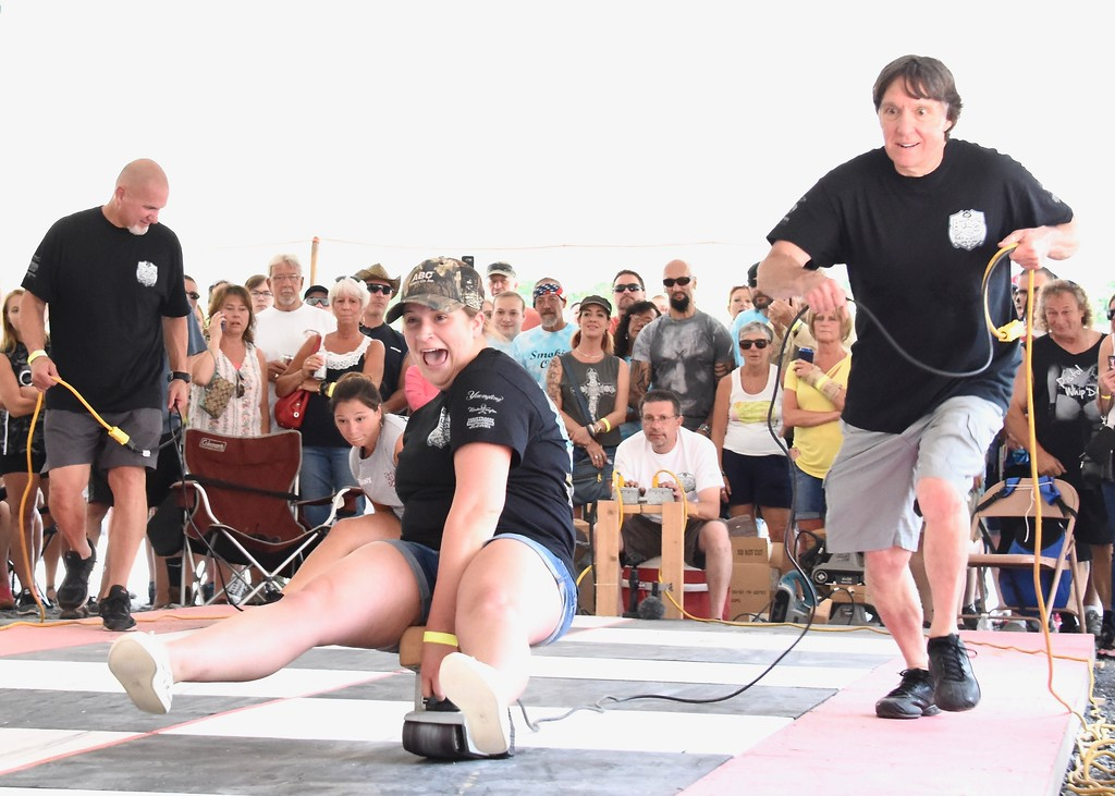 . Jesi Yost - Digital First Media  Sarah Siegel wins her first Belt Sander Race at Bertie�s Inn.