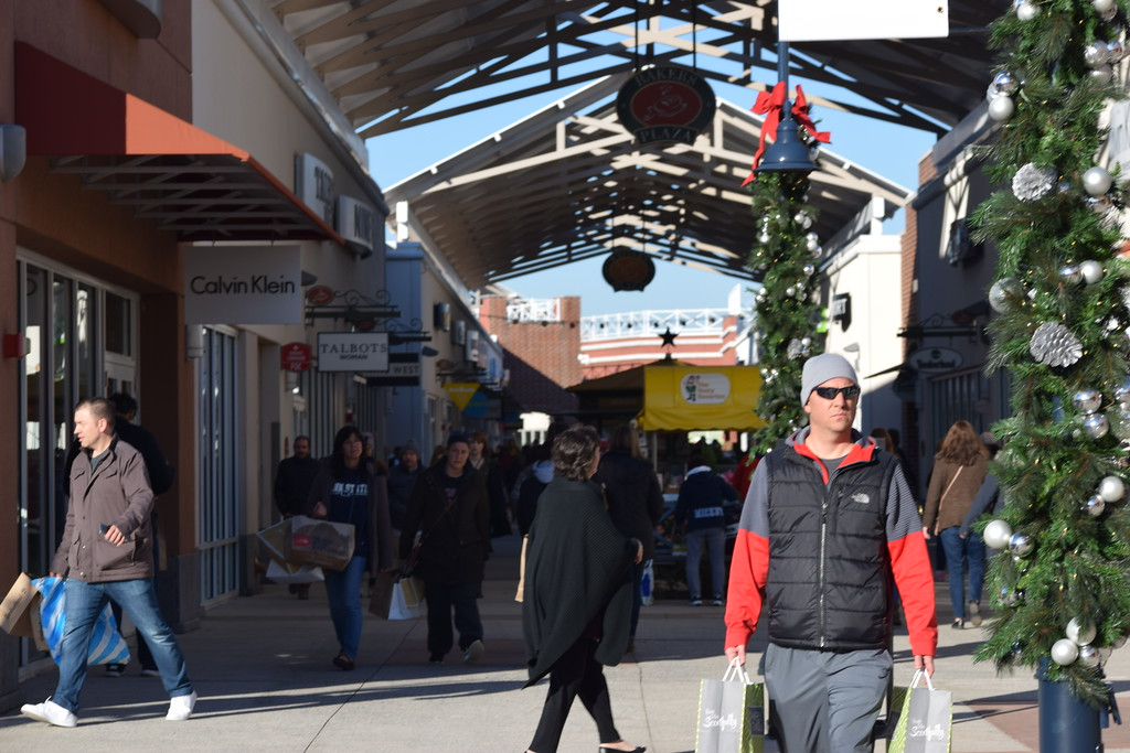 . Shoppers got in the holiday spirit as they kicked off their shopping on Black Friday at the Philadelphia Premium Outlets. Marian Dennis -- Digital First Media