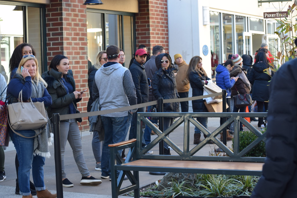 . Long lines like the one at Tory Burch at the Philadelphia Premium Outlets in Limerick could be seen Friday as shoppers showed up to get their yearly deals. Marian Dennis -- Digital First Media