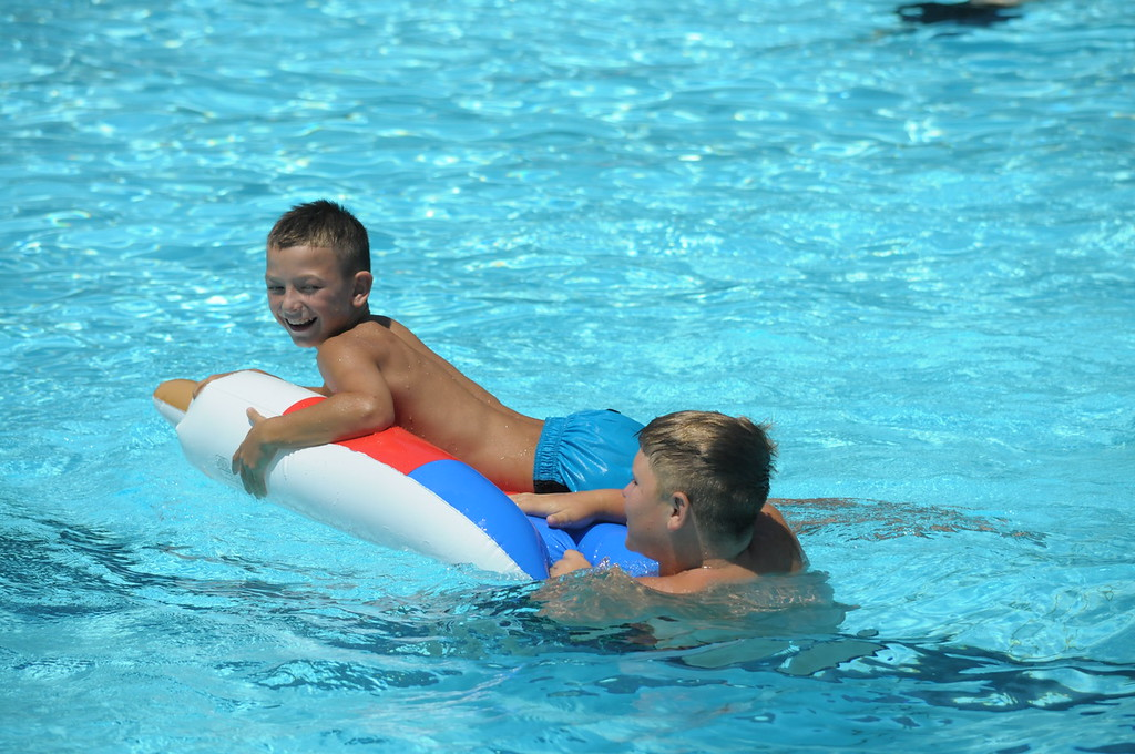 . Families enjoy the pool at North End Swim Club in Pottstown August 1, 2017. Gene Walsh � Digital First Media