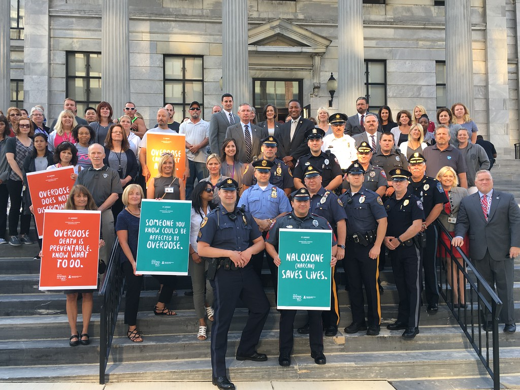 . Eric Devlin � Digital First Media About 100 Montgomery County officials stood on the steps of the courthouse Thursday to stand in solidarity against the opioid epidemic that claimed the lives of 249 overdose victims in 2016.