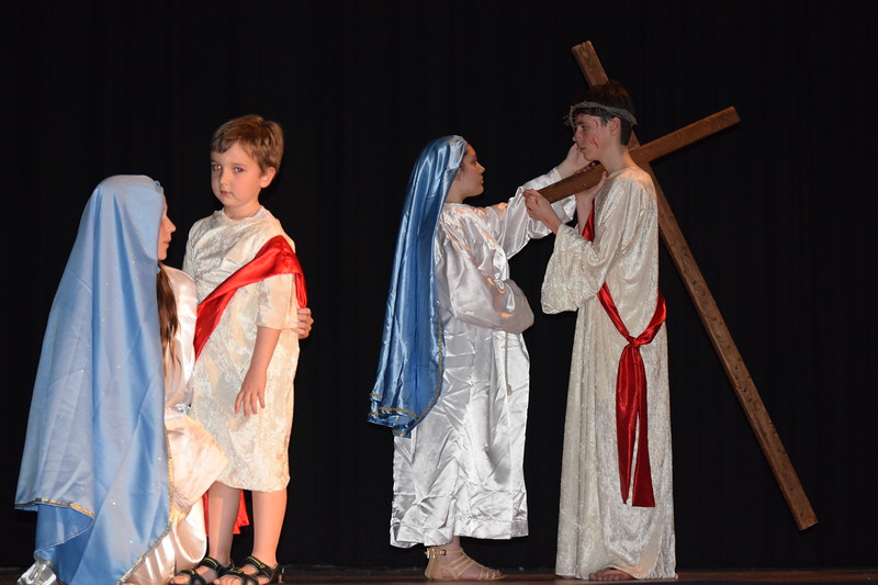 Marian Dennis – Digital First Media<br /> During a Living Stations performance, students at St. Aloysius Parish School portray a scene in which Jesus meets his mother on the way to his crucifixion.