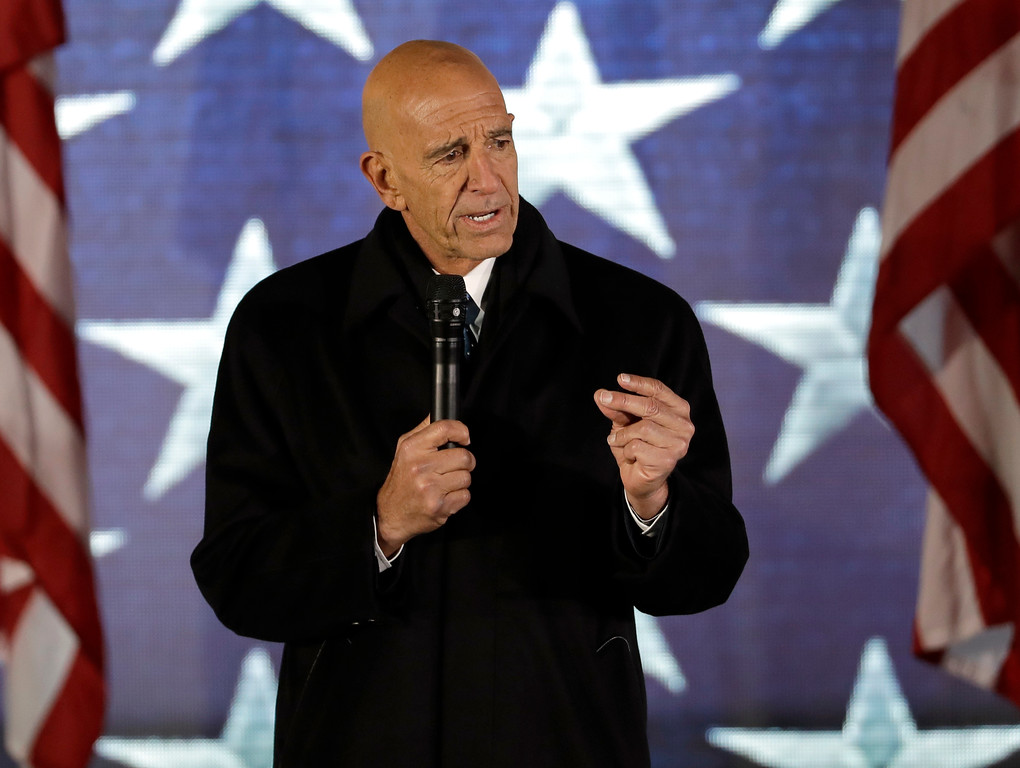 """. President inauguration committee chairman Tom Barrack speaks at a pre-Inaugural \""""Make America Great Again! Welcome Celebration\"""" at the Lincoln Memorial in Washington, Thursday, Jan. 19, 2017. (AP Photo/David J. Phillip)"""