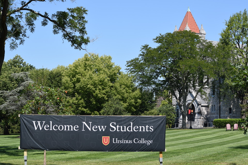 . Marian Dennis � Digital First Media A sign outside campus along Main Street welcomes new students to Ursinus College. Thursday Aug. 24, was move-in day for the class of 2021.