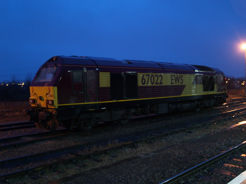 67022 sits in the holding sidings at Didcot