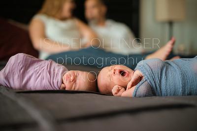 Twin Newborns 10-2016-4