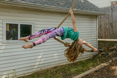 Elaina swing 6506